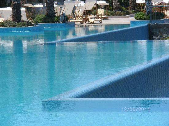 Xanadu Island Hotel: Eternity pool