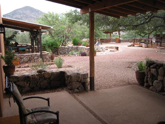 Sunglow Ranch - Arizona Guest Ranch and Resort : Commons