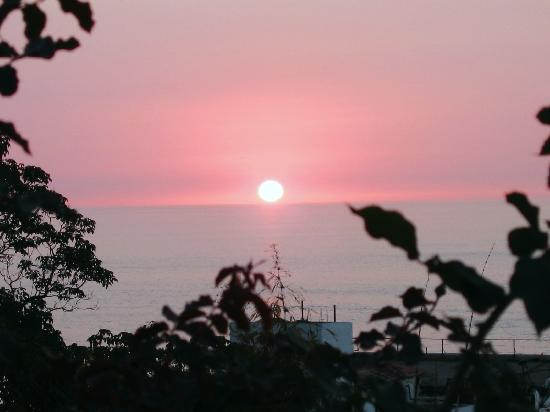 Villas Loma Linda: oh... it's just another glorious sunset!