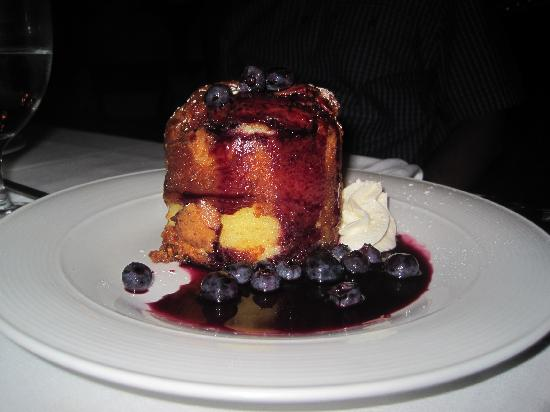 Roots Steakhouse: butter cake