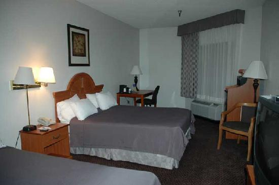 BEST WESTERN Golden Lion Hotel : Interior of hotel room