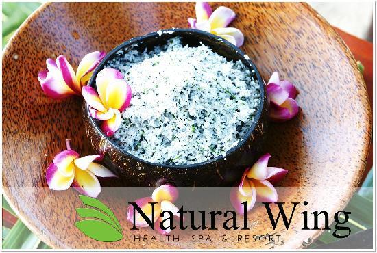 Natural Wing Health Spa & Resort: Treatment : Samui Scrub