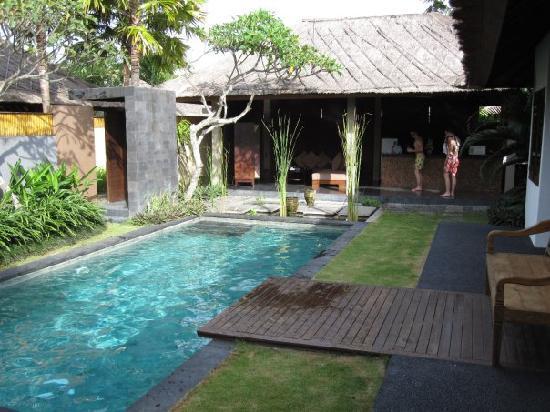Imani Villas: the 2nd villa (4 people)