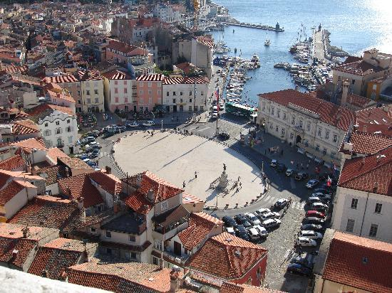 Max Piran: View of town elipse from church bell tower
