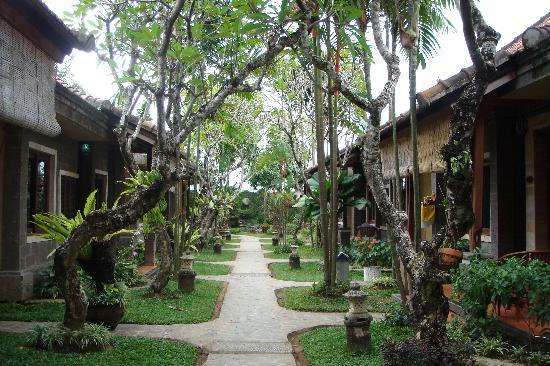 Putu Bali Villa and Spa: great gardens