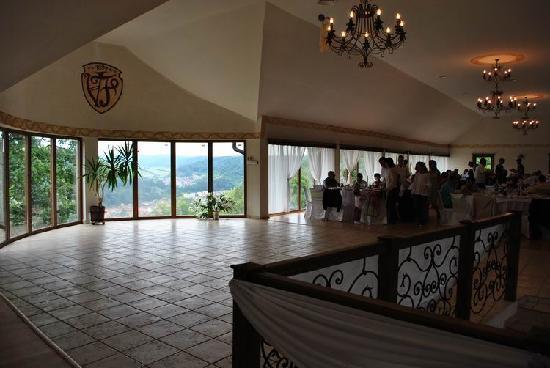 Vila Franka : Upstair events and restaurant room