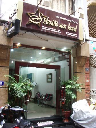 Hanoi Ciao Hotel: Hotel front