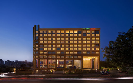 Courtyard Ahmedabad: Courtyard By Marriott,Ahmedabad