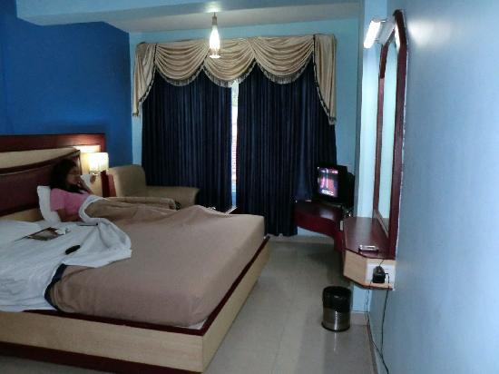 Ponmari Residencyy: Double room