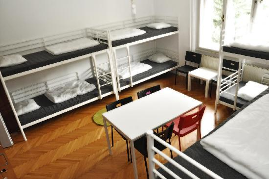 Confidenti Hostel: Our spacious eight-bed dormitory