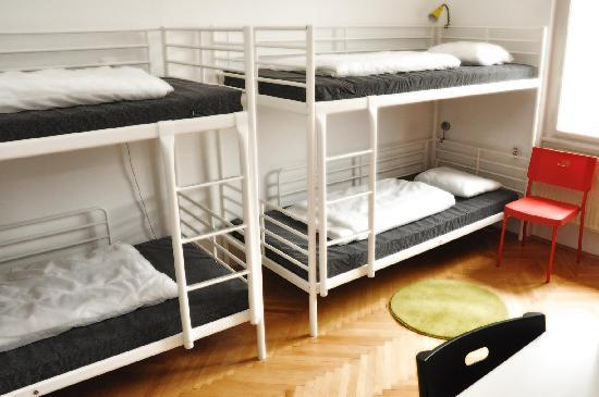 Confidenti Hostel: Our spacious four-bed dormitory