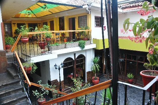 Hotel Sol Plaza Inn: view on the restaraunt