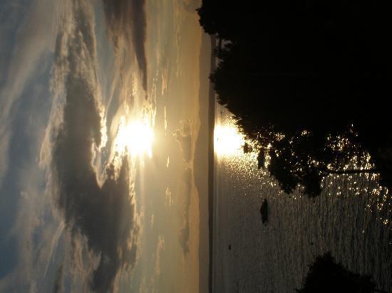 Selce, Croacia: Sonnenuntergang von der Hotelterasse