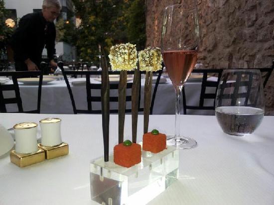 Spondi: first pre menu fois gras etc... and a little atmosphere