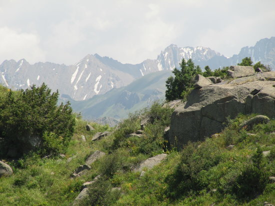 Zhabagly, Kazachstan: Walking in the reserve