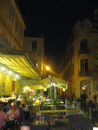 Le Café La Nuit : Vincent's vantage point - more or less