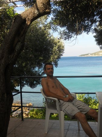 Mlini, Kroatien: sur la terrasse du bungalow