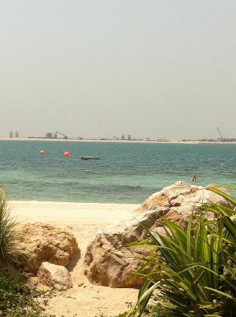 JA Jebel Ali Beach Hotel : Beach from Captain's Bar