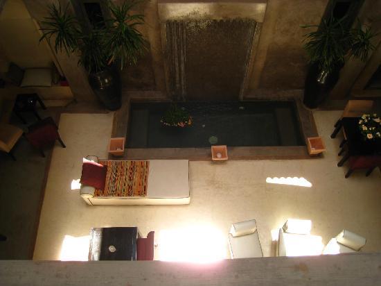 Riad Dar One: View down to courtyard