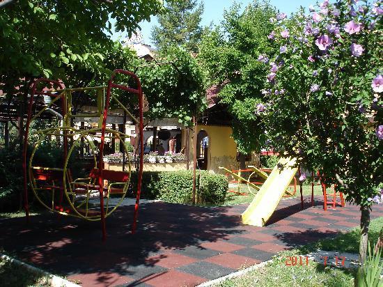 Trakia Garden Hotel: Детская площадка