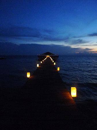 Japamala Resort by Samadhi : one of the resturants at night