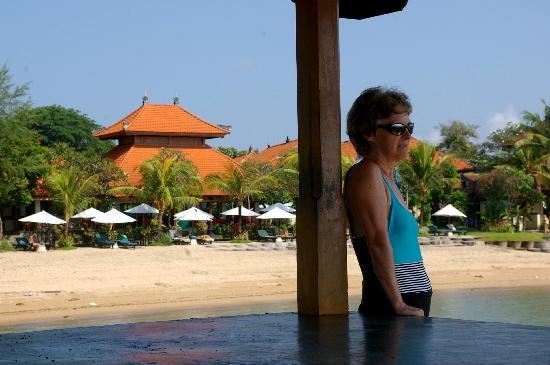 Vila Shanti Beach Hotel: Blick aufs Hotel Vila Shanti Beach