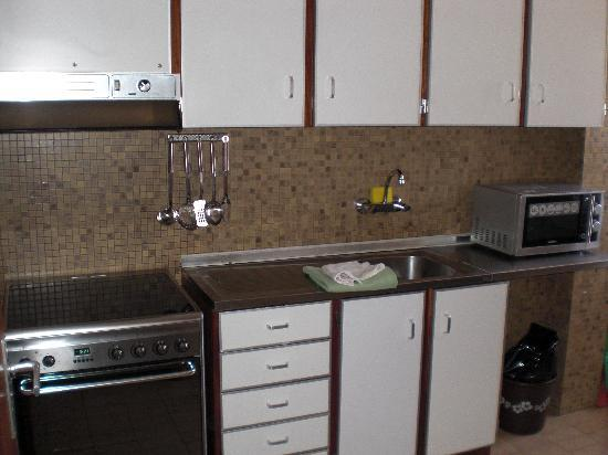 Hotel Apartamento Solverde: Cocina totalmente equipada con menaje