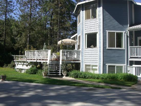 Yosemite's Ravensbrook Bed & Breakfast: bed and breakfast