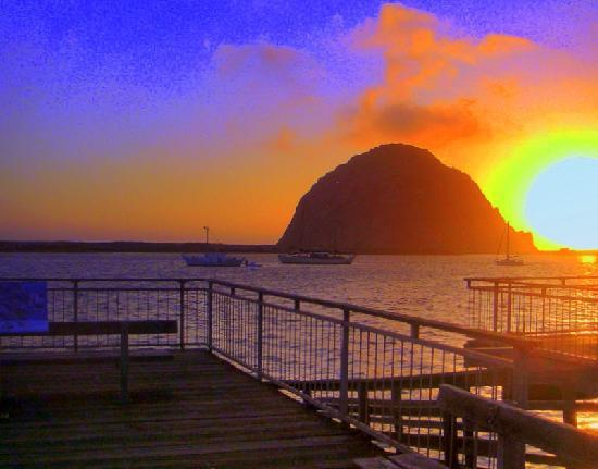 Bay Cruisers - Lost Isle Adventure Tours: Sunset at the Morro Bay Rock