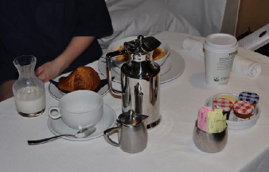 The Chatwal, A Luxury Collection Hotel, New York: room service