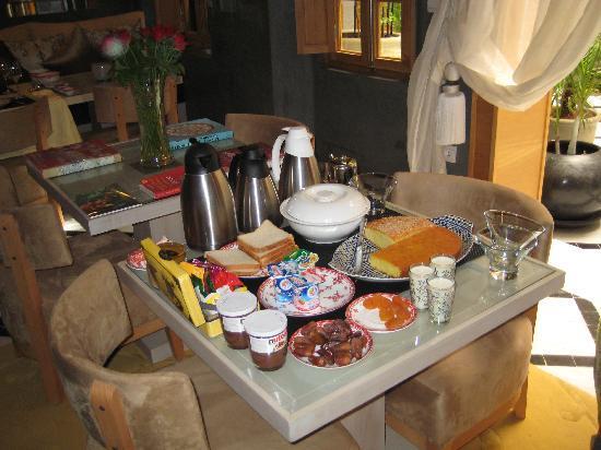 Riad l'Etoile d'Orient : breakfast in marrakesh