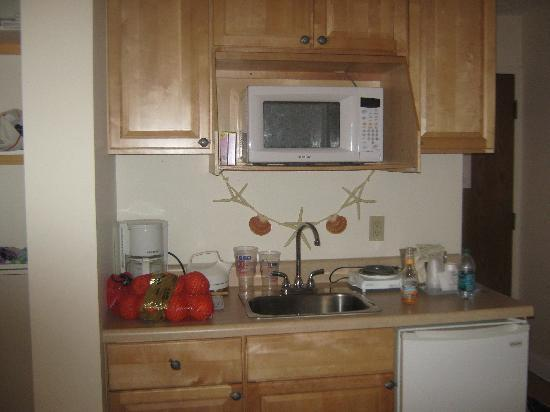 Yarmouth Resort: kitchen