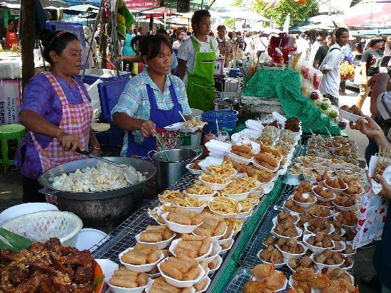 Bangkok, Tailandia: a stall in Chatuchak market