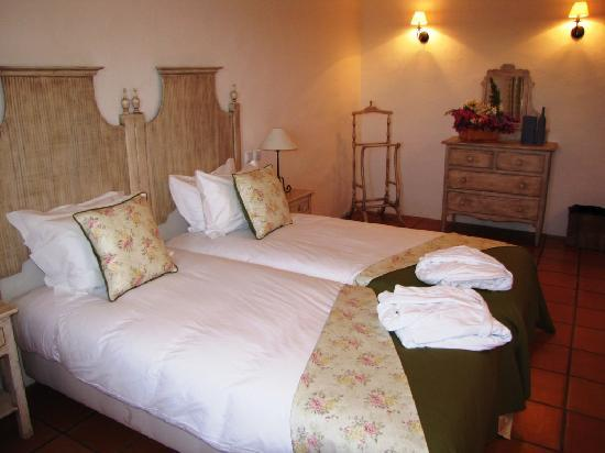 Horta da Moura - Hotel Rural: Twin room