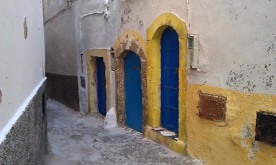 Riad Malaika : Doors close to the Ryad.