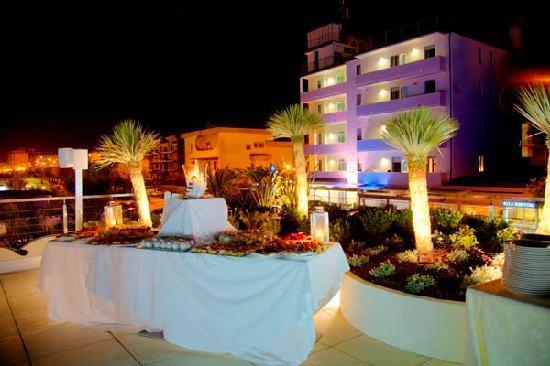 Porto San Giorgio, Italy: Hotel di sera