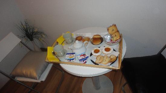 Condotti Inn: Desayuno