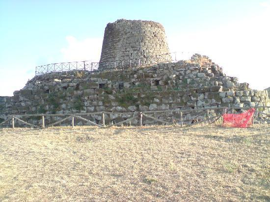Nuraghe Sant'Antine: esterno