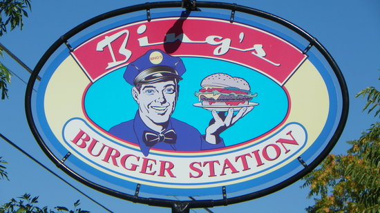 Bing's Burger Station: Bing's Burgers sign outside