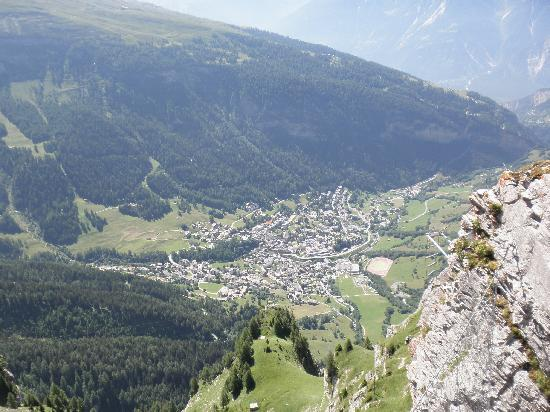 Hotel Blumlisalp: The cable car up to the Gemini Pass not for the faint hearted