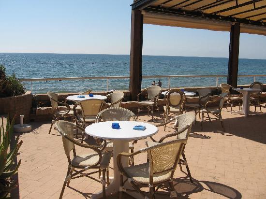 Hotel La Darsena : view from patio
