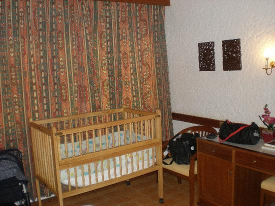 Tropica Resort and Restaurant : double bungalow