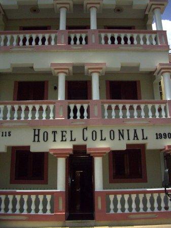 Hotel Colonial: Hotel enterance