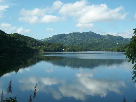 Casa Grande Mountain Retreat: Lago Caonillas Cerca de Casa Grande