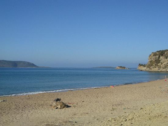 Paradise Resort: Beach 1