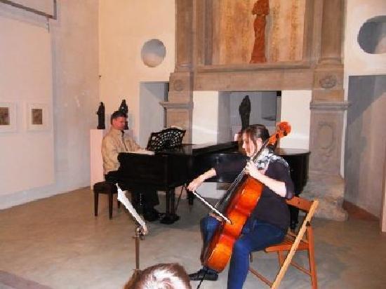 Albergo San Lorenzo: Concerto nella galleria