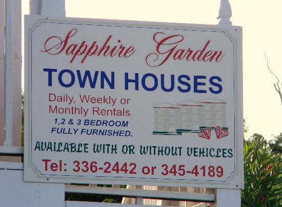 Sapphire Garden Townhouses: Sign