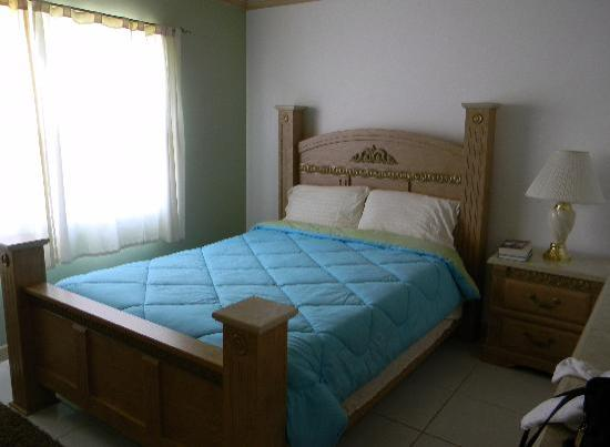 Photo of Sapphire Garden Townhouses Great Exuma