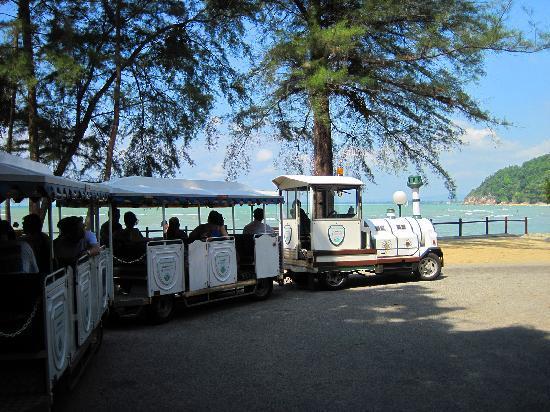 Club Med Cherating Beach: メイン施設と南側のビーチを往復するシャトル