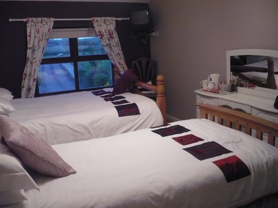 Latest Reviews: Clarewood House (Ballycastle, Northern